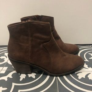 Lucky Brand Brown Ankle Boot Size 9